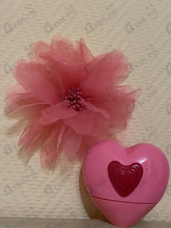 Парфюмерия Candy Love от Escada