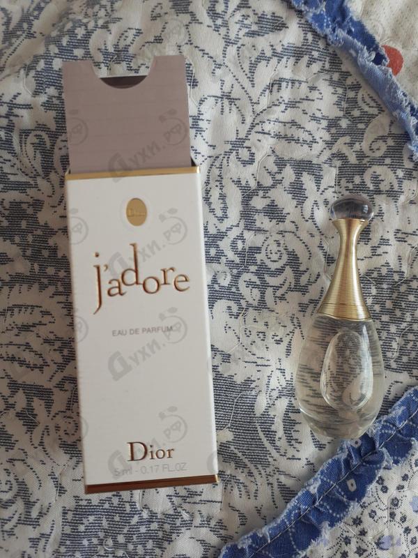 Духи Jadore от Christian Dior