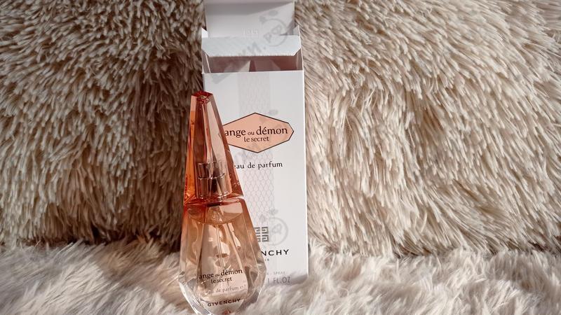 Парфюмерия Ange Ou Demon Le Secret от Givenchy