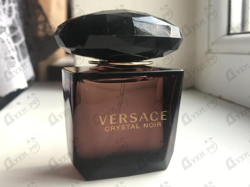 Парфюмерия Crystal Noir от Versace